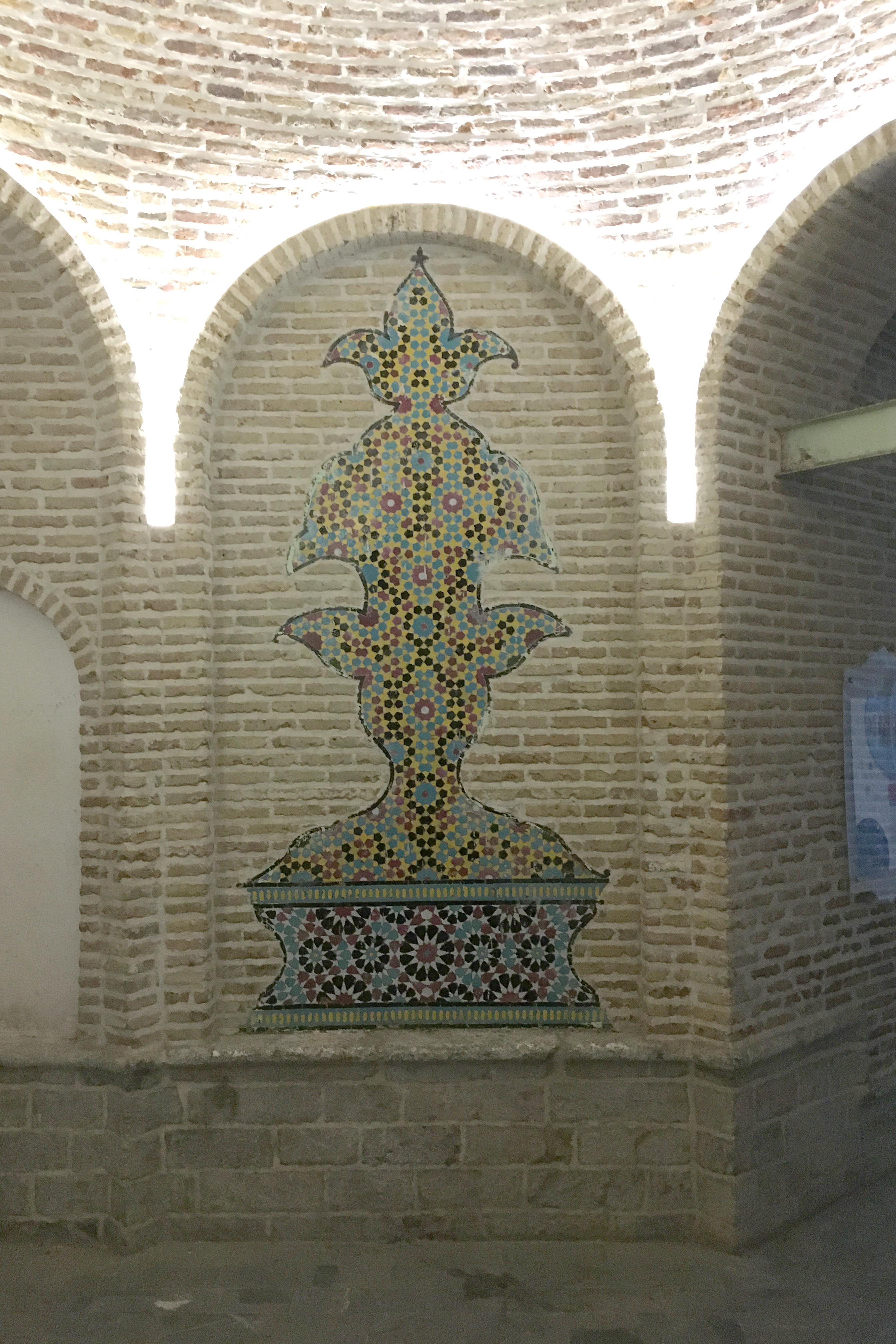 مسجدی با قدمت 110 سال در قلب تاریخی تهران