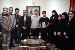 دیدار نمایندگان جامعه قرآنی با خانواده شهید محمدتقی ارغوانی