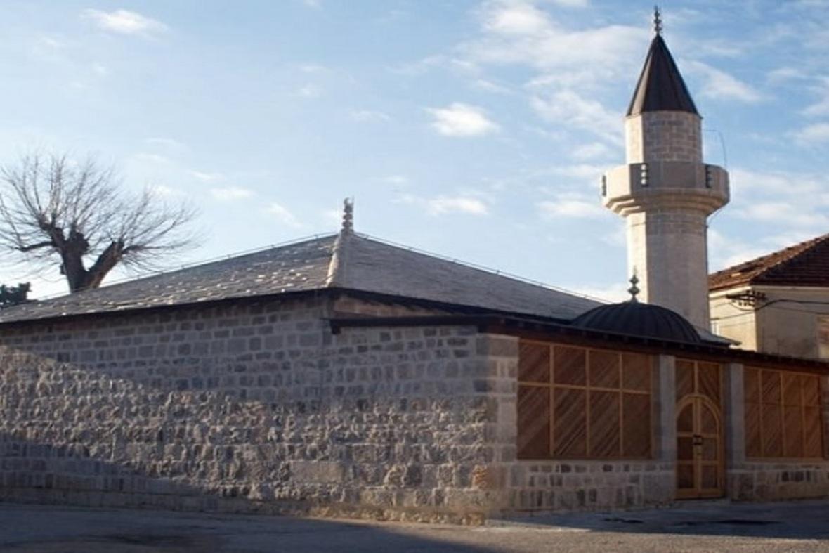"""Bosniyanın tarixi məscidində """"Şəhid Azançı"""" məzarının sirri"""