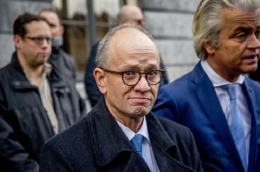 Нидерландский политик из ультраправой партии призвал сжечь мечети
